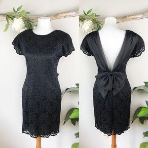 VINTAGE Open Back Bow Lace Dress
